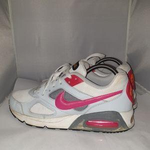 Nike Air max womans size 9